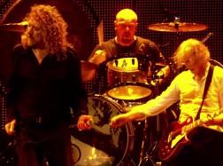 Led-Zeppelin-Kashmir-Celebration-Day(1)